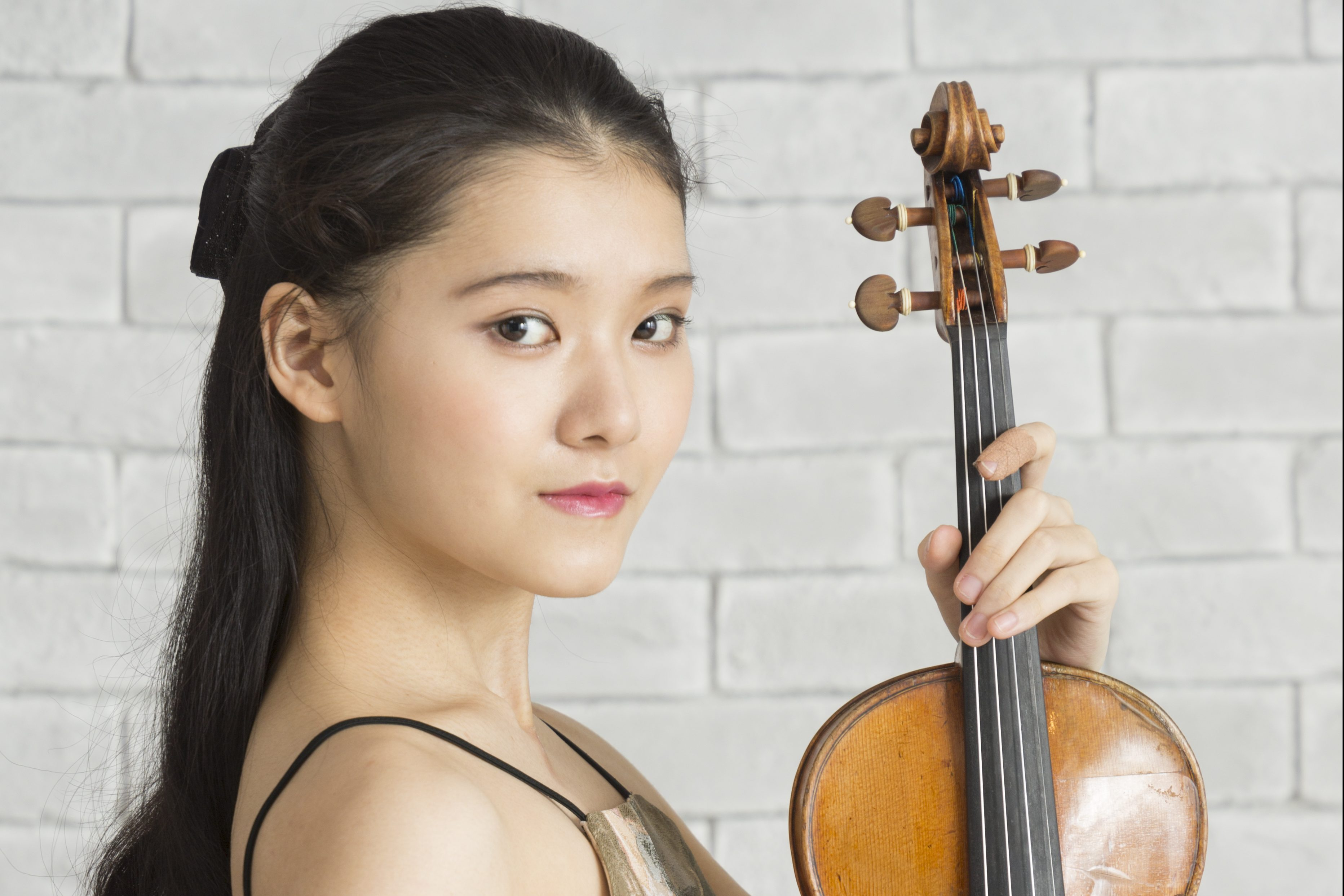 Moné Hattori returns to Osaka Philharmonic Orchestra 1