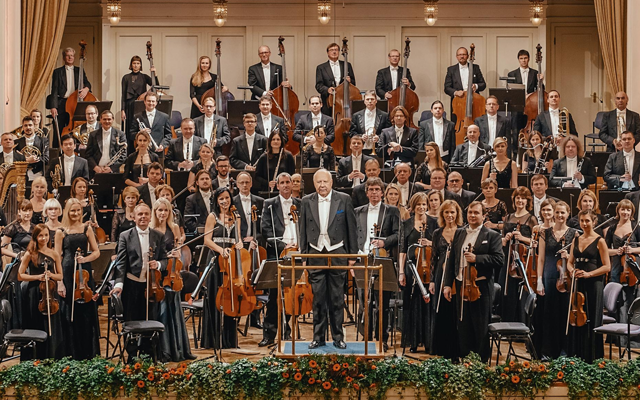 Orchestral Touring 15