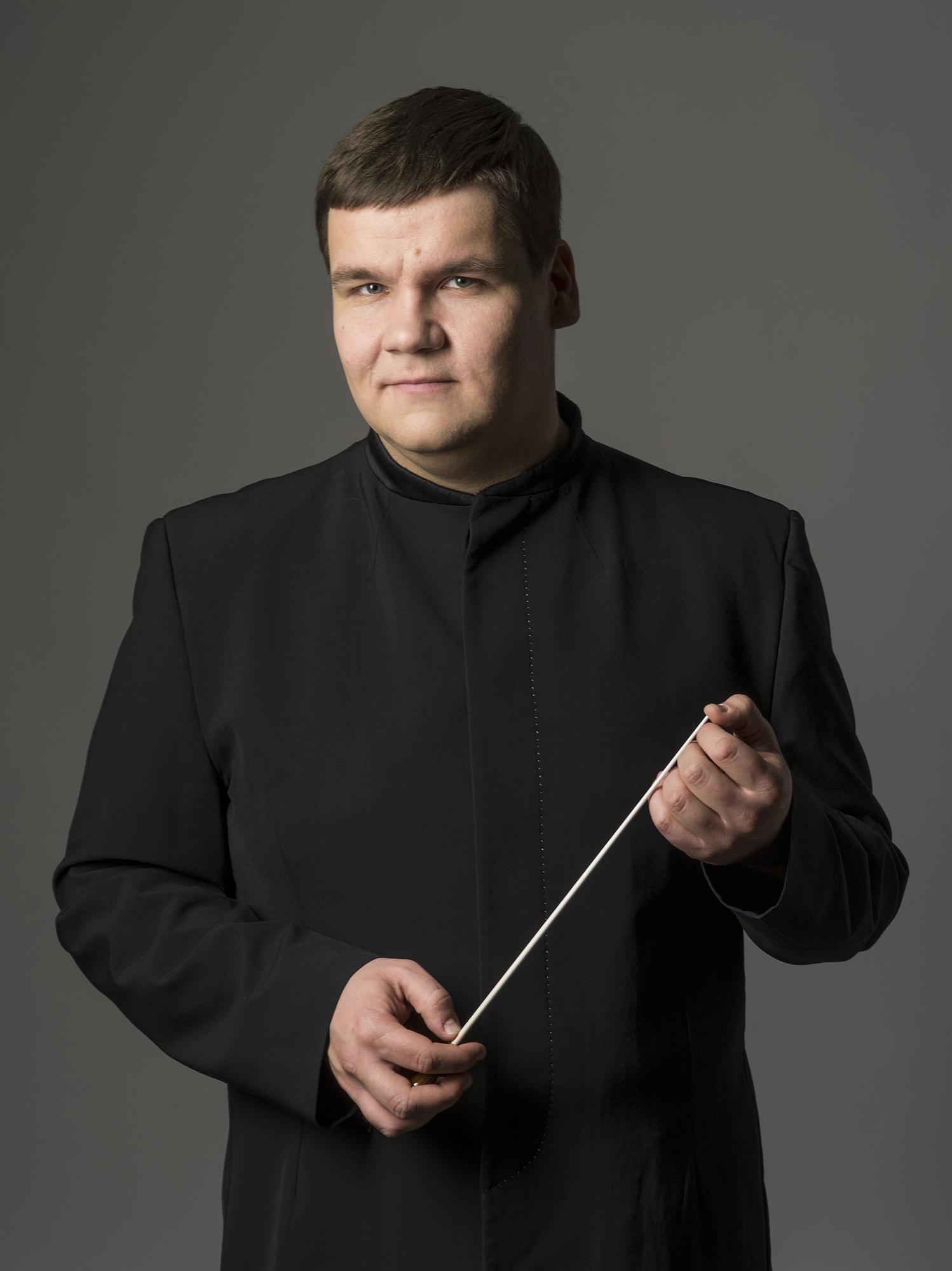 ANDRIS POGA: with Orquestra Gulbenkian