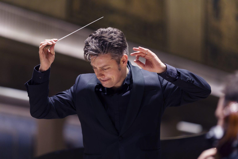 Joseph Bastian with Deutsche Staatsphilharmonie Rheinland-Pfalz